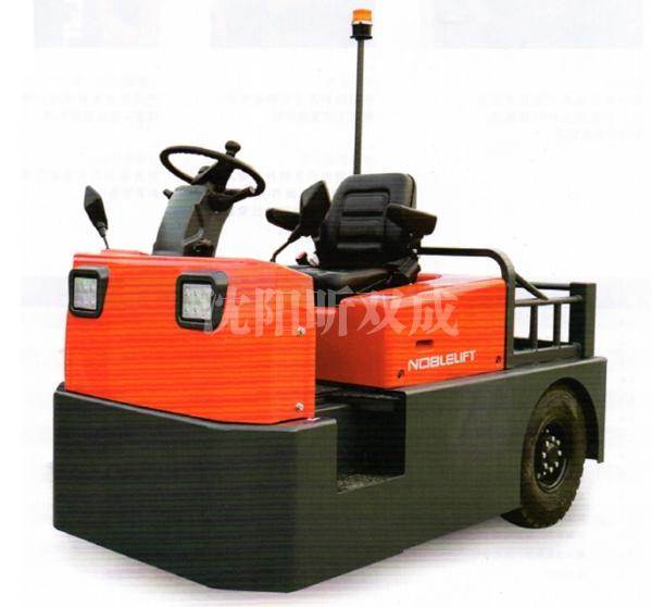 T60N座驾式电动牵引车